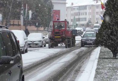 Pregătiri pentru lupta cu zăpada la Pașcani!